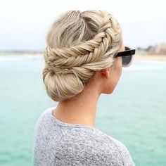 dutch fishtail braided updo - braided Updos Wedding hairstyle #updos #hairstyles #updo #frenchbraidupdo #bridalhairstyle #upstyle #weddinghair #weddinghairstyles