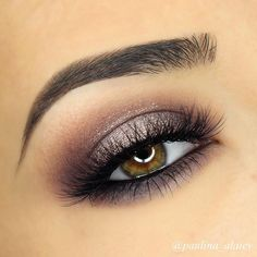 NEW VIDEO on this smokey purple halo eye is up on my YouTube channel! Direct link in bio! BROWS: @anastasiabeverlyhills dipbrow pomade in 'dark brown' and @benefitcosmetics gimme brow in 'medium/deep' EYES: @anastasiabeverlyhills eyeshadows in 'dusty rose', 'aubergine' and 'pink champagne'. @sigmabeauty standout eyes gel liner in 'wicked' in my waterline. @onolash in 401