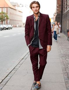THE SHADY SIDE: street style inspirations: burgundy details