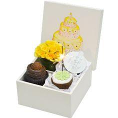 Caixa de Presente de Aniversário com Guloseimas - Flores Online