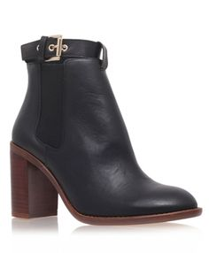 Sebastien Leather Chelsea Booties #fallstyle #fallboots