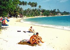 Beach, Unawatuna, Sri Lanka (www.secretlanka.com)