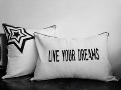 Si puedes soñarlo, puedes hacerlo!   SEGUINOS! FB /bharanideco Twitter @bharanideco Instagram @bharanideco Pinterest /bharanideco  Conoce la nueva colección  http://on.fb.me/1lhuWGP