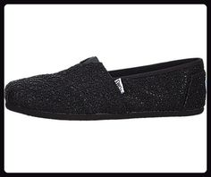 TOMS Crochet Classics Black Crochet Glitter Womens Slip on Shoes *** Check out the image by visiting the link. (This is an affiliate link) Toms Crochet, Espadrilles, Women's Slip On Shoes, Flat Shoes, Toms Classic, Trendy Shoes, Partner, Womens Flats, Amazing Women