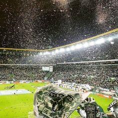 #sporting #curvasul 2-12-2016 Força Grande Sporting! Best Club, Scp, Lisbon, Grande, Football, Cartoons, People, Soccer, World