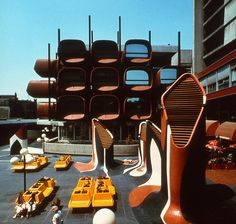 modernismepompidolien:  The same building in all its 70s glory : colorful paintings and plastic urban fourniture.Conservatoire de Montreuil, designed by Claude Le Goas,1976.   Montreuil (Seine-Saint-Denis).