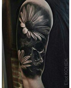 Eliot Kohek black & grey skull and daisies