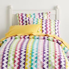 The Chevron duvet cover for kids is designed with fun zigzags across smooth cotton percale in bright shades of pink, purple, gold and green. The Company Store Chevron Bedding, Chevron Duvet Covers, Purple Bedding, Paint Chevron, Kids Comforters, Outdoor Cushions And Pillows, The Company Store, Bedding Shop, Luxurious Bedrooms