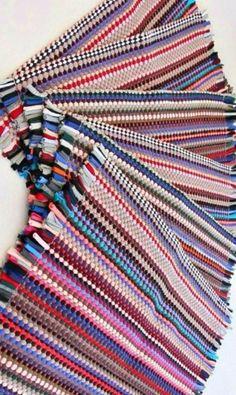 11 Brilliant Hacks For Dollar Store Rugs