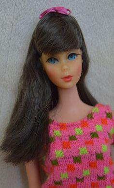 Beautiful Vintage Brunette Twist 'n Turn TNT Barbie