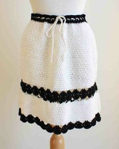 Monochrome Mini Skirt Crochet Pattern