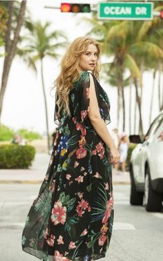 e0f9cc3fed6 Robe longue kaftan imprimé fleuri Castaluna mode femme grande taille