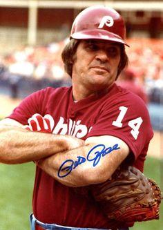 Pete Rose Phillies Baseball, Sports Baseball, Baseball Players, Baseball Cards, Philadelphia Eagles Football, Philadelphia Phillies, Pete Rose, Home Team, Cincinnati Reds