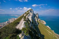 Rock of Gibraltar Rock Of Gibraltar, Ends Of The Earth, World Pictures, Spain And Portugal, Spain Travel, Natural Wonders, Natural World, Vermont, Travel Inspiration