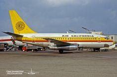 Air California B737-159 N472GB c/n 19679 Miami Int'l
