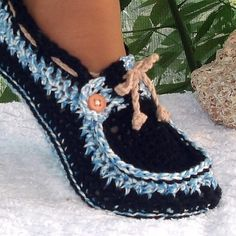 FabArtDIY Crochet Adult Button Loafers5
