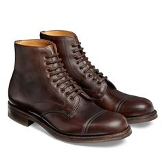 Cheaney Jarrow R Country Derby Boot in Chicago tan Chromexcel Leather Leather Men, Leather Shoes, Red Leather, Cheaney Shoes, Men's Shoes, Shoe Boots, Mens Brown Boots, Oxford Boots, Green Chinos