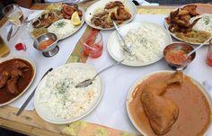 Afrikaans eten in de Matonge wijk. Het afrikaans restaurantje Soleil D'Afrique is gelegen in de Longue Vie straat naast andere Afrikaanse restaurantjes. Hier kan me lekkere vis- en kip gerechten eten met daarbij een gratis bord rijst