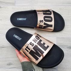Sandals Outfit, Cute Sandals, Flat Sandals, Sock Shoes, Shoe Boots, Louboutin Shoes, Shoes Heels, Nike Slippers, Modele Hijab