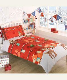 Pościel Świąteczna - Las. Czerwona pościel z leśnymi zwierzątkami, cudowne uzupełnienie #świątecznych dekoracji w domu.
