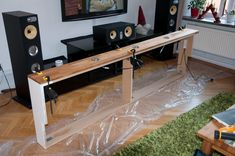 Diy home decor Console Table Behind Sofa, Shelf Behind Couch, Living Room Wall Units, Stairs In Living Room, Bedroom Decor For Women, Diy Bedroom Decor, Lawn Furniture, Painted Furniture, Diy Storage Headboard