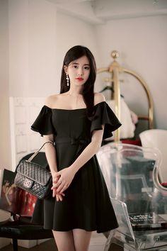 Korean Fashion – How to Dress up Korean Style – Designer Fashion Tips Korean Fashion Trends, Korean Street Fashion, Korea Fashion, Asian Fashion, Trendy Fashion, Womens Fashion, Korean Outfits, Girl Model, Asian Girl