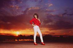 senior girl photography, sunset, Lisa Karr Photography, Beloit Wisconsin, Find on Facebook