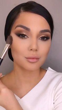Halo Eye Makeup, Eyebrow Makeup Tips, Makeup Tutorial Eyeliner, Makeup Looks Tutorial, Eye Makeup Steps, Eye Makeup Art, Contour Makeup, Makeup Videos, Skin Makeup