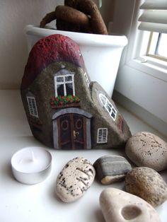 stonehome+kámen+malovaný+ze+všech+stran+akrylovými+barvami+,+přelakováno+matným+lakem....+1+kg+19+x+14+cm