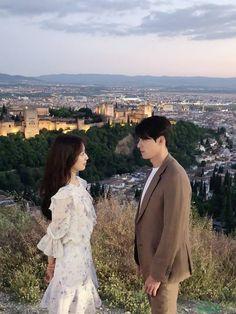 [Drama of the Alhambra Park Shin Hye, Korean Celebrities, Korean Actors, Korean Drama Movies, Korean Dramas, Weightlifting Fairy Kim Bok Joo, Drama Memes, Hyun Bin, Kdrama Actors