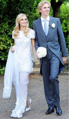 Poppy Delevingne wore a gorgeous, floral embroidered wedding dress designed by Karl Lagerfeld for Chanel. // #Weddings
