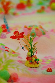 Kawaii SWEET art (PIP and POP, works made from coloured sugar, glitter and found objects)