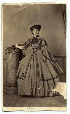photographer: Mayer György taken at the Start of the American Civil War in Antique Photos, Vintage Pictures, Vintage Photographs, Old Photos, Victorian Women, Victorian Era, Historical Costume, Historical Clothing, Historical Dress