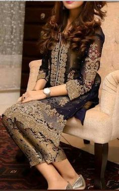 Check out trending dresses for Pakistani Party Wear, Pakistani Wedding Outfits, Pakistani Couture, Pakistani Dress Design, Pakistani Dresses, Indian Dresses, Indian Outfits, Walima Dress, Shadi Dresses