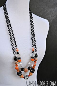 Halloween Party Jewelry from Candie Cooper made with Jesse James Beads. Fall Jewelry, Holiday Jewelry, Jewelry Party, Jewelry Crafts, Beaded Jewelry, Handmade Jewelry, Jewelry Ideas, Beaded Bracelets, Black Stud Earrings
