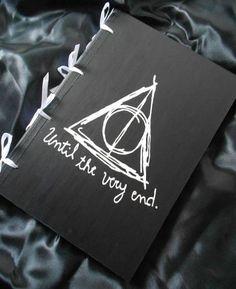 Harry Potter - Relíquias Da Morte - Caderno Artesanal Em Mdf - R$ 75,00