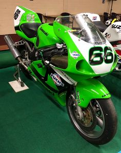 Kawasaki Zx7r, Motosport, Meanie, Sportbikes, Road Racing, Bike Life, Cool Bikes, Ducati, Bobber