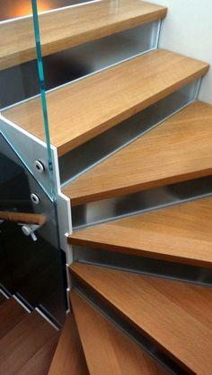 glass divider stair Metal Stairs, Divider, Wood, Projects, Home Decor, Brooklyn, Houses, Staircases, Log Projects