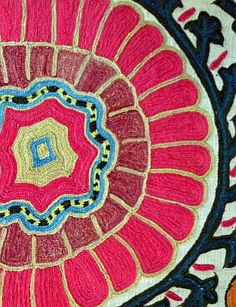 Detail of Uzbek silk suzani embroidery. Image courtesy of the Avenir Museum of Design and Merchandising.  #colorevolution