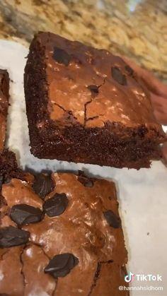 Brownie Recipe Video, Starbucks Brownie Recipe, Brownie Recipes, Cookie Recipes, Dessert Recipes, Delicious Desserts, Yummy Food, Easy Baking Recipes, Food Cravings