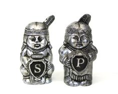 Vintage Small Silver Plastic Native American S&P Shakers Indian Ceramics, Little Red Hen, Salt And Pepper, Blue Bird, Silver Color, Nativity, Native American, Lion Sculpture, Vintage Items