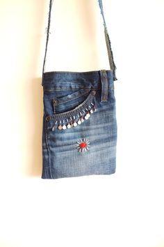 Kreuz Leichensack mit Perlen recyceltem Denim Jeans von Zembil