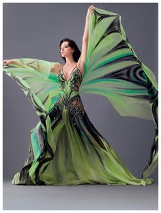 Stunning butterfly dress by Blanka Matragi Woman Show, Dance Oriental, Mode Costume, Foto Fashion, Dress Fashion, High Fashion, Tribal Fusion, Fantasy Costumes, Belly Dance Costumes