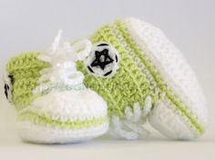 Hey, I found this really awesome Etsy listing at https://www.etsy.com/listing/185829231/handmade-crochet-baby-shoes-green-lemon