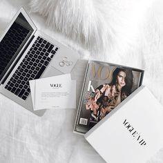 New post on vogue-in-parisxo Summer Activities For Kids, Summer Kids, Men Summer, Style Summer, Disney Instagram, Instagram Girls, Vogue Paris, Kendall Vogue, Santorini Greece Vacation