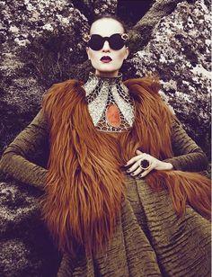 Terra Nova - Charlotte Tomaszewska by  Kevin Sinclair for Vogue Portugal