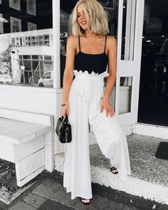 40 Stunning Black And White Summer Outfits Ideas White Summer Outfits, Simple Outfits, Spring Outfits, Casual Outfits, Cute Outfits, Fashion Outfits, Womens Fashion, Winter Outfits, Latest Fashion