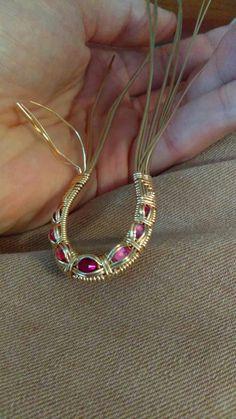 Jewelry Making – Fine Sea Glass Jewelry Wire Jewelry Rings, Wire Necklace, Metal Jewelry, Beaded Jewelry, Wire Earrings, Jewlery, Necklaces, Wire Pendant, Wire Wrapped Pendant