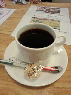 食後はブレンドコーヒーホットいただいています。