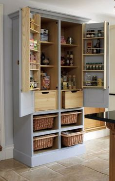 #smallkitchen #pantry #smartsolutions